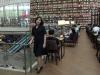 Публичная библиотека в торговом центре в Сеуле