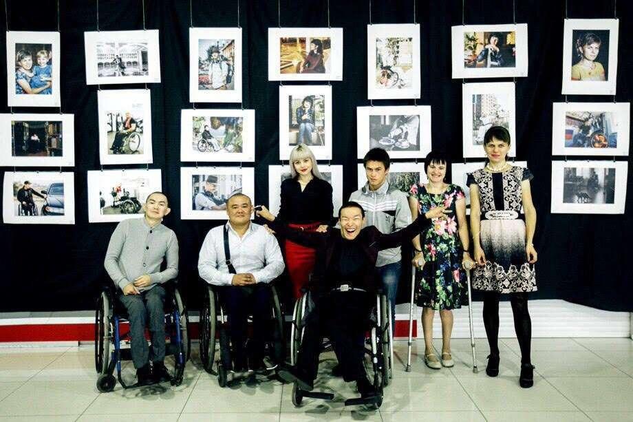 Фотовыставка «Ломающие стереотипы» начнет работу с 10 апреля в Национальной библиотеке